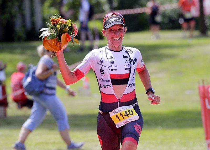 Tri-HW - hm-mareen-hufe-03 - 32. Harsewinkeler Trispeed  Triathlon -  ausgerichtet von Trispeed Marienfeld -  am 02.06.2019 m. Start/Ziel im Freibad Harsewinkel--------------------------------------------------------------------------------Copyright by:Henrik MartinschleddeMöllenbrocksweg 10633334 GüterslohTel.: 05241/2331991Mobil: 0173/2627211Mail: henrik.martinschledde@t-online.de